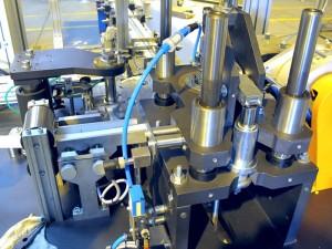 Liner Inserting Machine